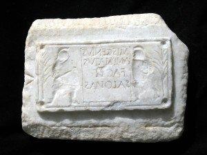 Stampo in marmo per oggetti in vetro Miscenio ampliato di Salona /Courtesy of Press Office Zetema