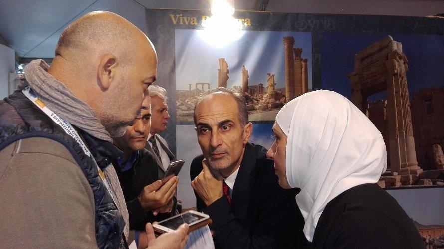 Bondielli intervista Fayrouz assieme a Mohamad Saleh che traduce